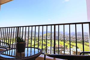 STUNNING VIEWS! 1BR_ FREE PARKING, Pool, A/C, WIFI!!!