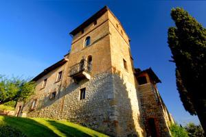 Monteoliveto Villa Sleeps 32 with Pool Air Con and - AbcAlberghi.com