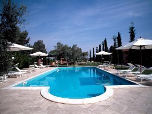 Grosseto Apartment Sleeps 4 Pool Air Con WiFi