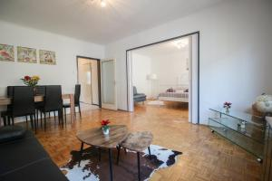 obrázek - Vintage Chic Apartment offers all you need!