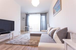 BRAND NEW PREMIUM FLAT IN DOWNTOWN