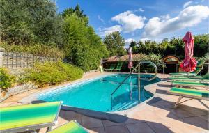Beautiful apartment in Portoroz w/ Outdoor swimming pool, Sauna and 2 Bedrooms