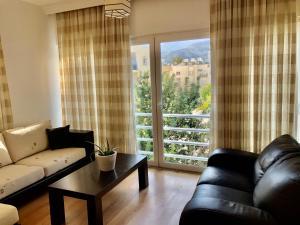 Spacious and Comfortable Central Kyrenia Flat