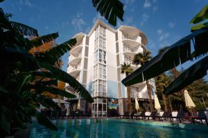 Отель Sunrise Garden, Гагра