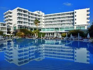 Grecian Bay Hotel (1 of 87)