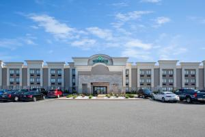Wingate by Wyndham Detroit Metro Airport - Hotel - Romulus