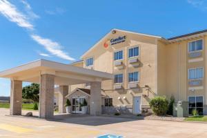 Comfort Inn & Suites near Rout..