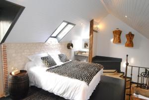 Location gîte, chambres d'hotes Le Grand Logis dans le département Aisne 2