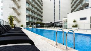 Luxurious Apartments Near City