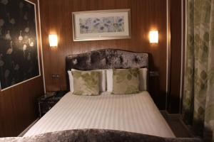Cheshire Hotel Central London