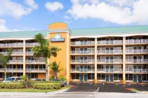 Days Inn by Wyndham Fort Lauderdale-Oakland Park Airport N