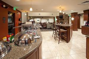 Staybridge Suites Great Falls - Hotel