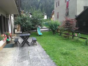 Casa Ognano (Pellizzano) - AbcAlberghi.com