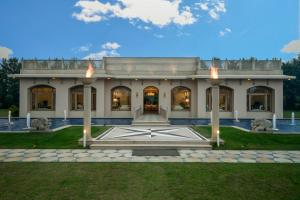 Hamira Luxury Homestay
