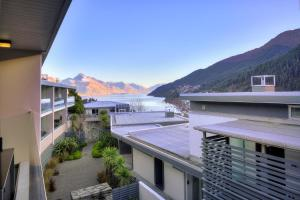 Travellers Oasis, Central Queenstown