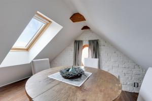 Wood Loft Apartment