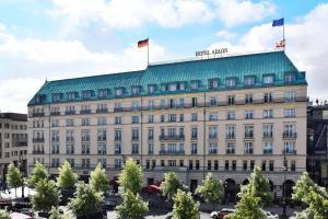 Hotel Adlon Kempinski Berlin (1 of 115)