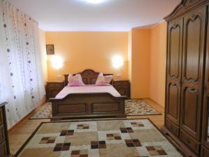 Casa Morarului, Holiday homes  Băile Tuşnad - big - 34