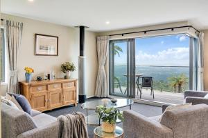 Accommodation in Waiatarua