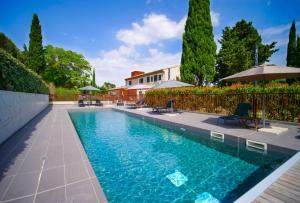 Location gîte, chambres d'hotes Hotel Pont Levis - Franck Putelat dans le département Aude 11