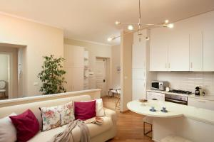 Cozy Apt 5 near Piazza Navona - Daplace Apartments - abcRoma.com