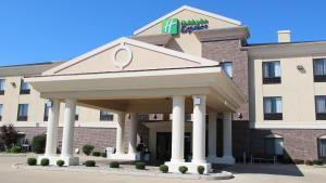 Holiday Inn Express Hotel & Suites Shelbyville, an IHG Hotel