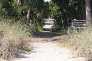 Haley's Couples Retreat, Motely  Holmes Beach - big - 81