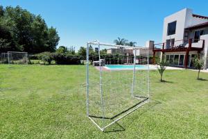 Casa Caribe con pileta y canchinta de fútbol