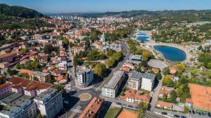 InTown Apartment Tuzla, Apartmány  Tuzla - big - 24