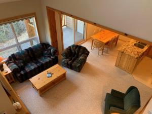 Stone Creek Chalets by Fernie Central Reservations - Apartment - Fernie