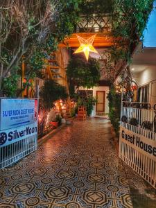 Silver Moon Guest House