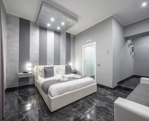 Bella Napoli Suites - AbcAlberghi.com