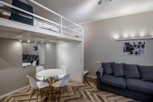 Airguest Central BrandNew SmartTv Apartment - AbcAlberghi.com
