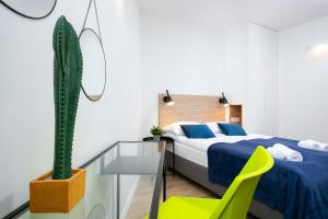 Warsaw City Center Apartments by Renters