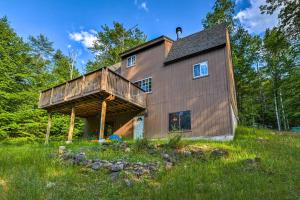 Cozy Loon Lake Cabin-Mins to Lake George, Gore Mtn - Hotel - Chestertown