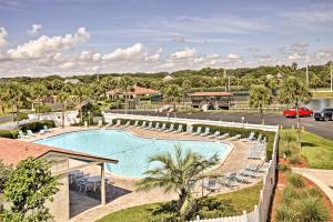 Remodeled St. Augustine Condo w/ Pool+Beach Access, Dovolenkové domy  Coquina Gables - big - 4