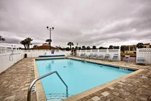 Remodeled St. Augustine Condo w/ Pool+Beach Access, Dovolenkové domy  Coquina Gables - big - 23