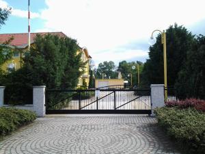 Leier Business Hotel, Aparthotels  Gönyů - big - 38