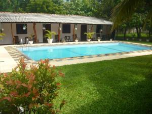 Sunrise Holiday Resort - Habarana