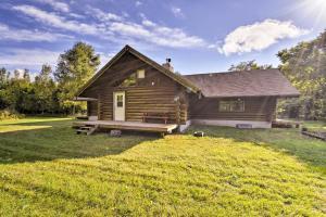 Valders Log Cabin near EEA Air Show & Sheboygan!, Ferienhäuser  Valders - big - 29