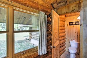 Valders Log Cabin near EEA Air Show & Sheboygan!, Ferienhäuser  Valders - big - 28