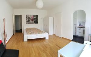 HSH - Serviced Junior Suite - with balcony - Monbijou - Bern City by HSH Hotel Serviced Home - Bern