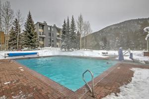 Modern Resort Studio with Mtn Views, Pool, and Hot Tub