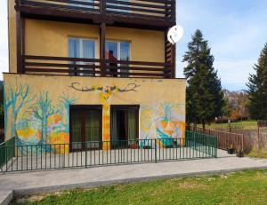 Happy Holiday Apartment - Predeal