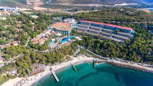 Курортный отель Pine Bay Holiday Resort, Кушадасы