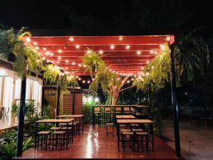 ศรีสุภาวดีรีสอร์ท-Srisupawadee resort, Resorts - Prachuap Khiri Khan