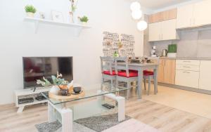 EASY RENT Apartments COZY