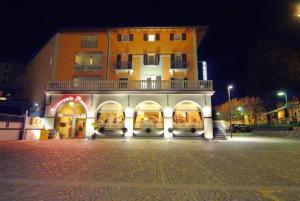 Hotel Bernina - AbcAlberghi.com