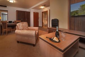Hotel Kras, Hotely  Postojna - big - 4