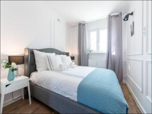 Srodmiescie Warsaw Center Serviced Apartments